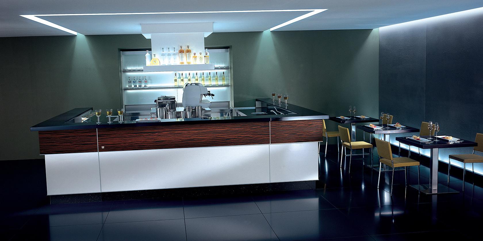 Banco bar metropolis moderno unico e personale dbanchibar for Banco bar moderno