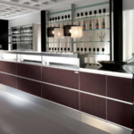 Bancone bar modello Strip