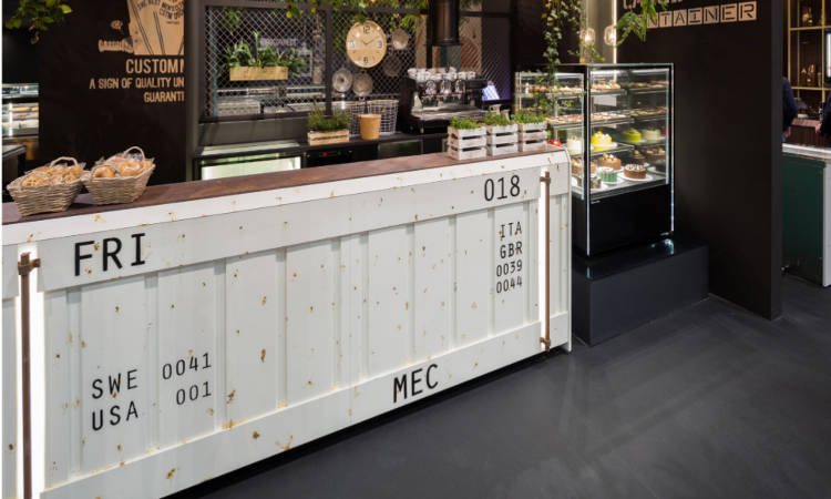 Banco Bar Container